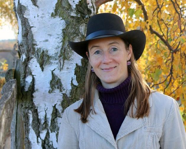Julia Mack-Heil ist Pfarrerin und Pferdetrainerin. Foto: Seminarzentrum Birkenhof