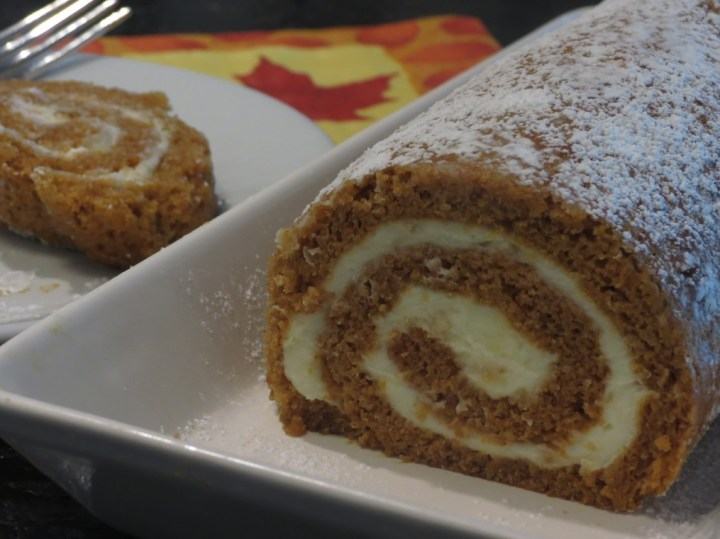 cropped-pumpkin-roll-cut1.jpg