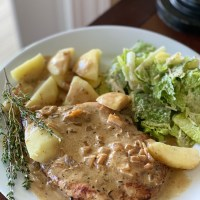 Thyme-Crusted Chicken Breasts with Sautéed Apples and Cider Sauce