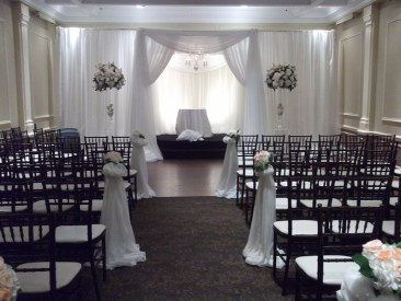 Traditional white chuppah setup
