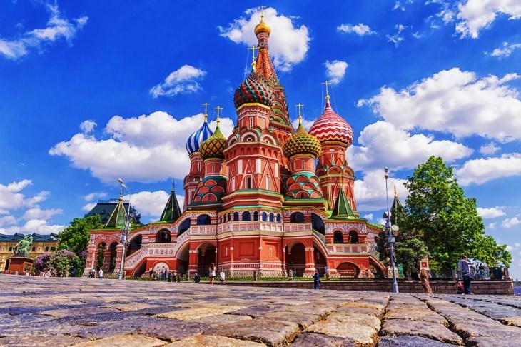 Un paseo por la historia de la catedral de San Basilio de Moscú ...