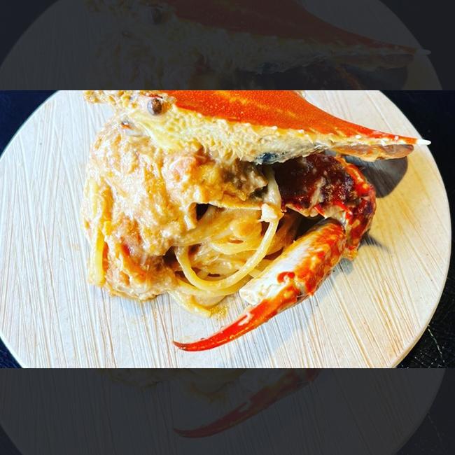 三河産 渡り蟹のトマトクリームパスタ