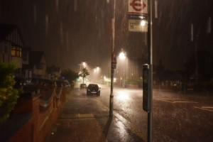 Torrential-rain-and-lightning-hit-London-during-a-thunderstorm