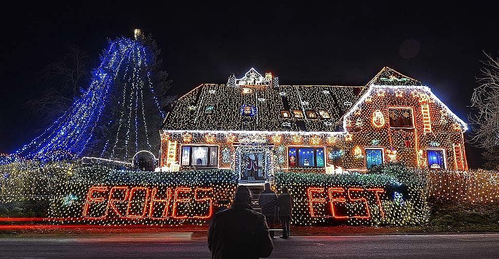 Top 5 House Christmas Lights Displays In U.S.