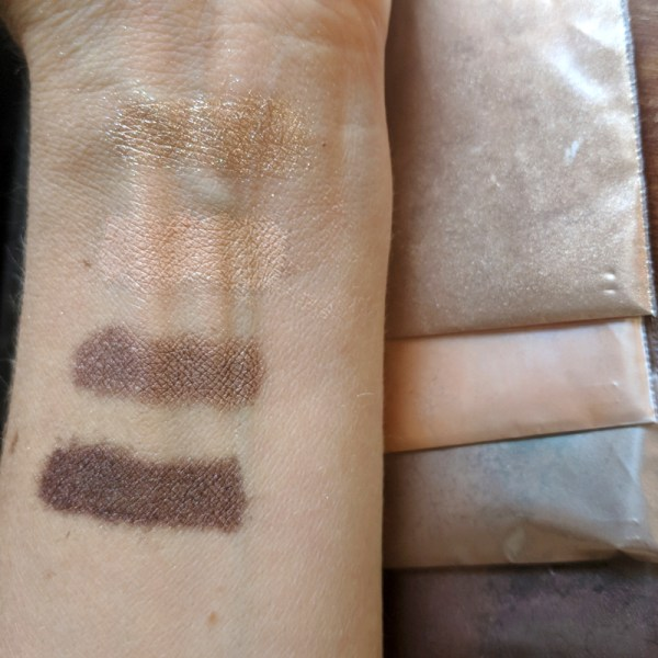 """Rich results on Google's SERP when searching for """"make eyeshadow"""" displaying the four colors of the organic, DIY make your own eyeshadow palette called golden neutrals including highlighting color mid tone color crease shadow and deep brown eyeshadow"""
