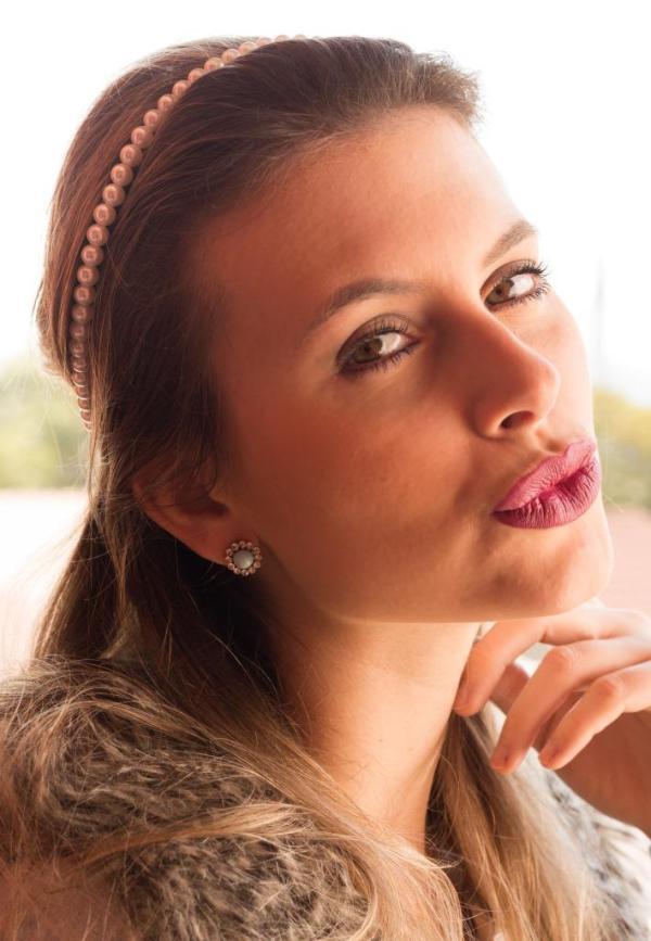 Headband pérolas Manias de Marcella por Mel Campo