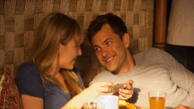 Fringe-S3x06-BOlivia-and-Peter