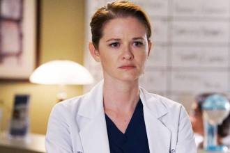 Sarah Drew, a April de Grey's Anatomy, disse que está no limbo