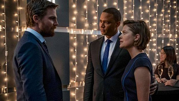 Crítica: Arrow continua despedida de seus personagens no episódio 8x06