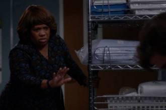 Crítica 16x10 de Grey's Anatomy encontrou Station 19 em crossover