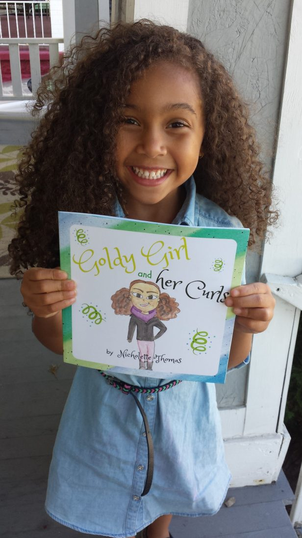 Goldy Girl and her Curls_by Mixed Family Life