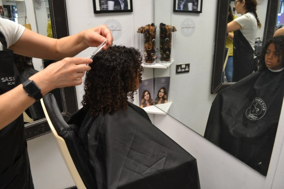 BEST CURLY HAIR SALONS IN LONDON ***UPDATED*** | Mixed Up Mama