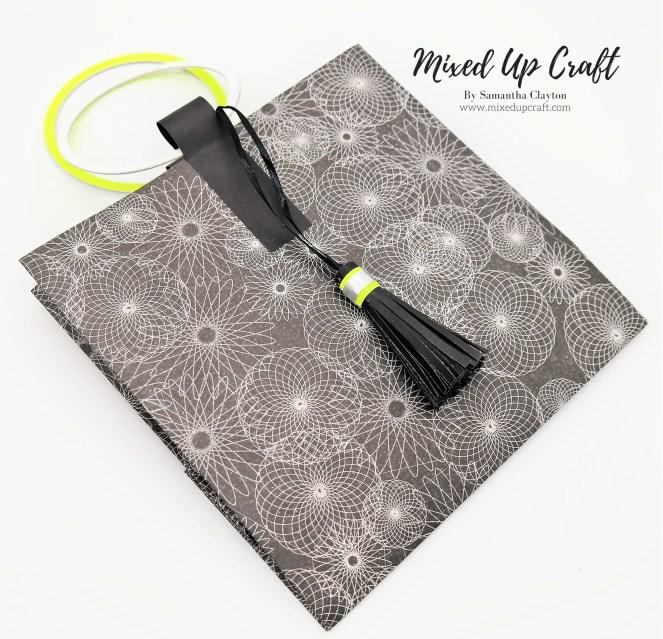 Fold Flat, Circular Handle Gift Bag