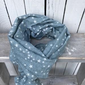 Blauwe sjaal met sterren
