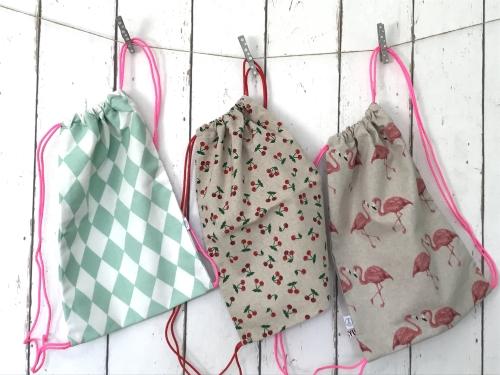rugtasjes/zwemtasjes voor meisjes