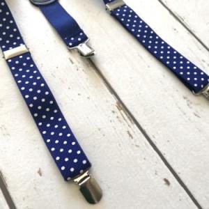 Blauwe bretels met stippen