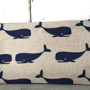 Etrui met walvissen