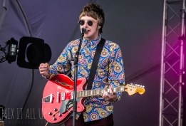 Number 9 live at Victorious Festival 2018