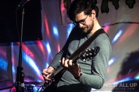The Hippaes supporting Porridge Radio live at The Festing, Southsea - 12/04/19 | Mix It All Up