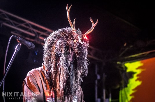 Snapped Ankles live at Portsmouth Psych Fest 2019
