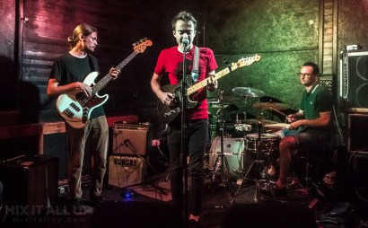 Mammalia Blue supporting Living Body live at the Edge of the Wedge, Portsmouth - 27/08/19