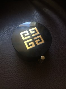 Givenchy compact