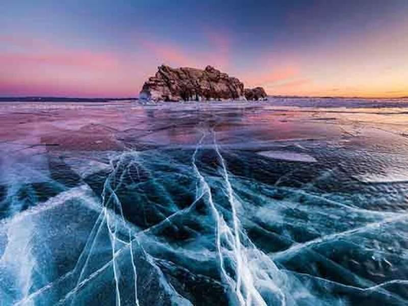 baikal-winter-scene_95120_990x742
