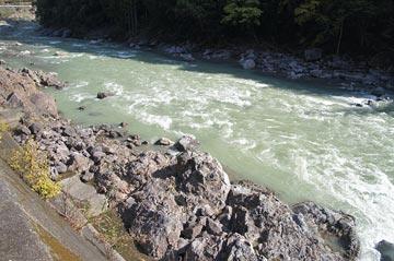 大熊谷出合上流付近の様子
