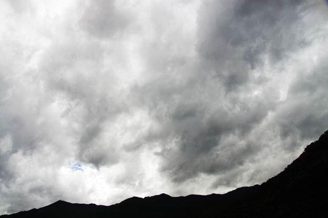 08月9日の空の様子