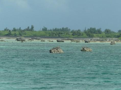 伊良部島の津波石2