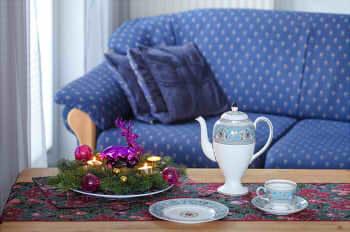sofa-1101538_640