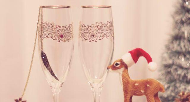 2019年ペアグッズのクリスマスプレゼント!カップルにおすすめの小物ランキング