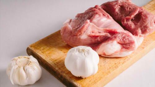 豚肩肉のカロリーはいくら?タンパク質や糖質の量はどのくらい?