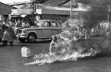 Un monje budista quemándose 1963