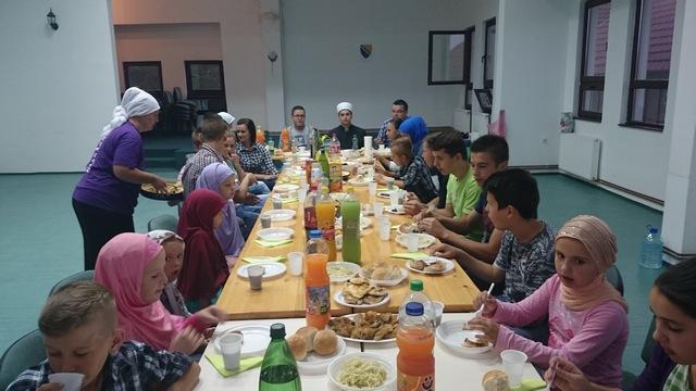 Iftar u džematu Atmačići