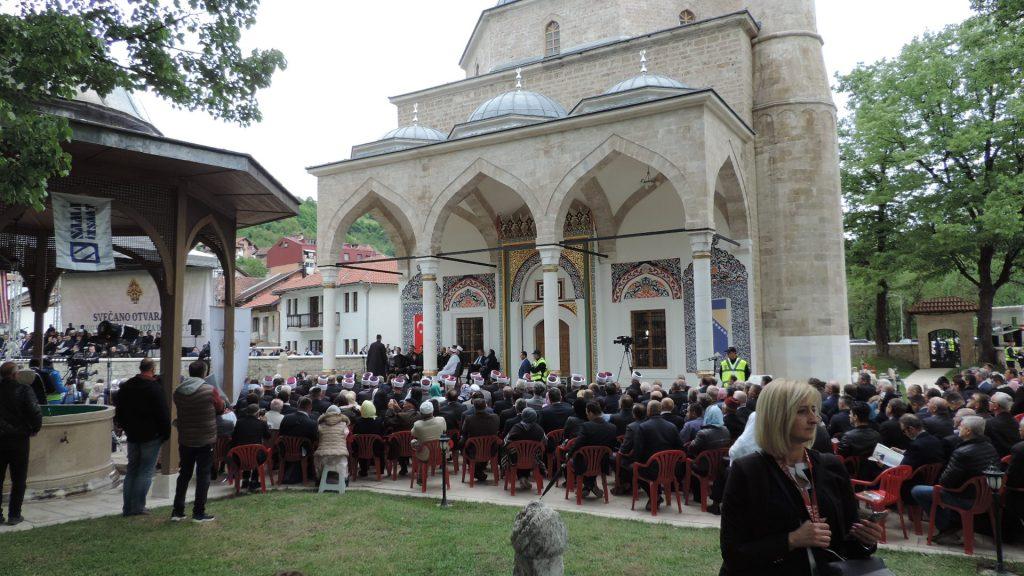 Aladža džamija ponovo otvorena za vjernike. Delegacija MIZ Bijeljina na svečanom otvorenju u Foči (FOTO)