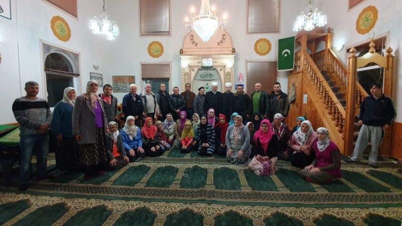 Ramazanski zijareti: Glavni imam MIZ Bijeljina u posjeti džematu Srednja Trnova