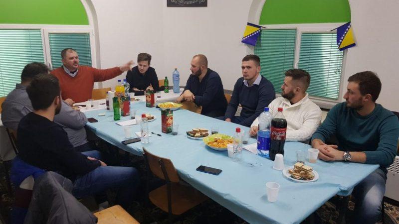 Omladinsko druženje u Glinjama