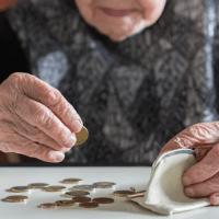 PiS podniesie wiek emerytalny i zlikwiduje 500 plus?