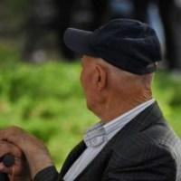 Nad przyszłymi emerytami zbierają się ciemne chmury. System emerytalny czeka katastrofa    ☀Was niedługo też nieudacznikiAutor Gabi☀