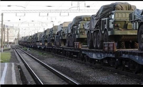 Rosja: wojskowy transport kolejowy na Krym