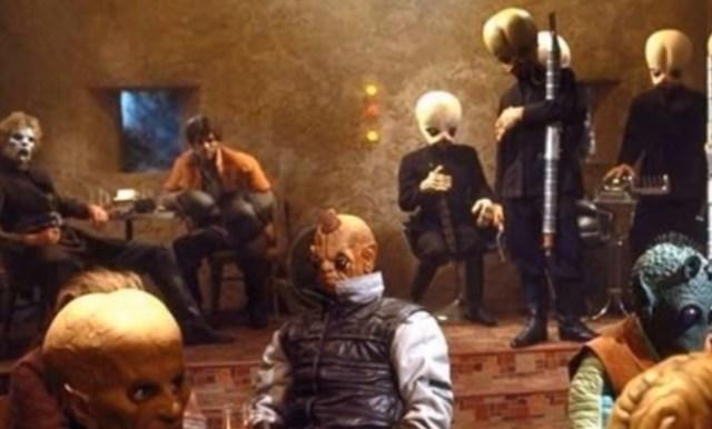 Han Solo miałby z kim robić interesy. . Embriony będące hybrydą człowieka i małpy.