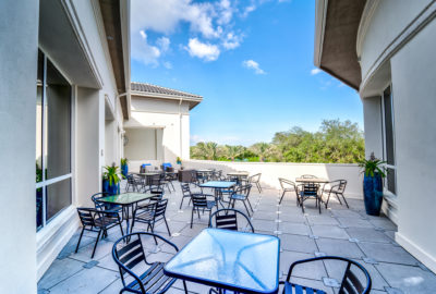 Mizner-Country-Club-Outdoor-Patio