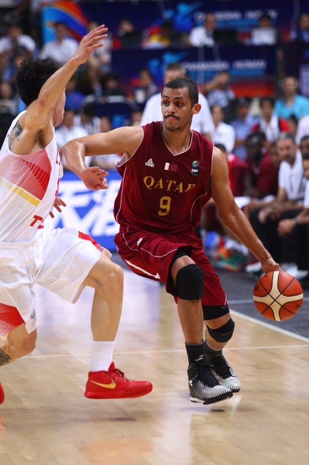 Mizo Amin qatar national team player plays against china team