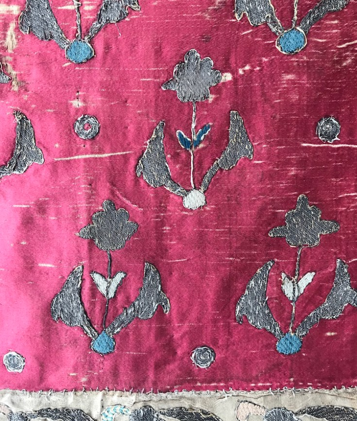 Persian embroidery, 18th century, metal threat on silk
