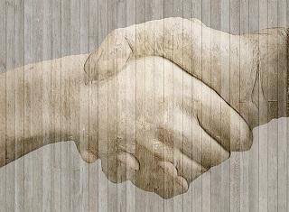 handshake-584096_640_20160303232030f4d.jpg