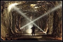 イメージ トンネル