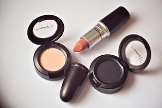 化粧品 メイク