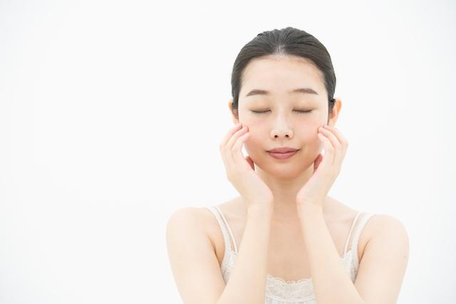 水道水の肌荒れ対策とセットで食生活と洗顔を見直すべき