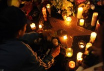 fans mourning MJ Los Angeles